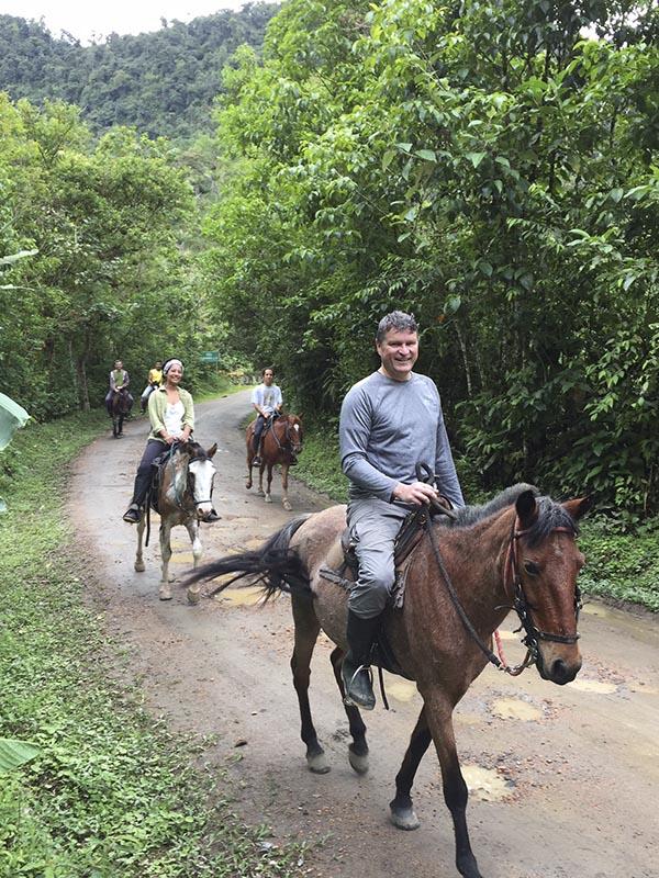 Horseback Riding El Monte Sustainable Lodge, Mindo