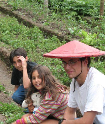 Young Volunteers, El Monte Sustainable Lodge, Mindo Ecuador