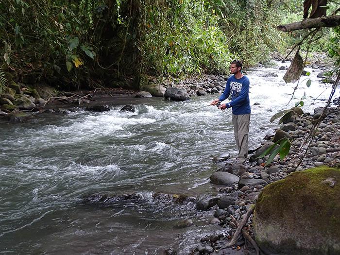 Fishing Rio Mindo Ecuador El Monte Sustainable Lodge